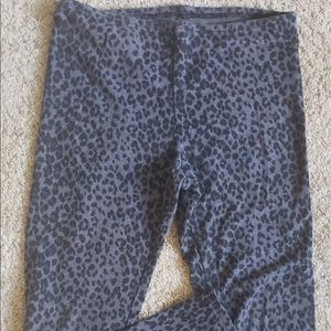 Girls leggings-leopard print from Old Navy size XL